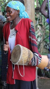 Kabahenda Batwa Community perform for Singing Wells project