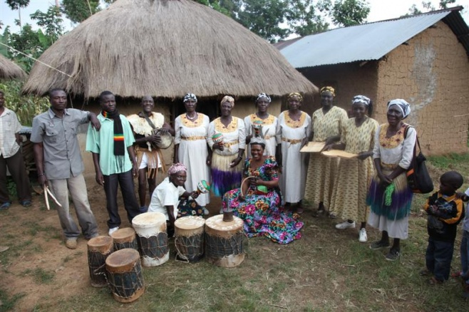 Ogoyo Nengo and the Do Do band for Singing Wells