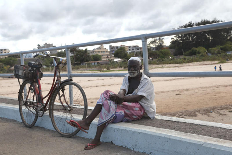 Man-on-Bike - Malindi