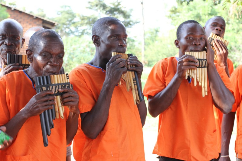 Muwewesi Group pipe players