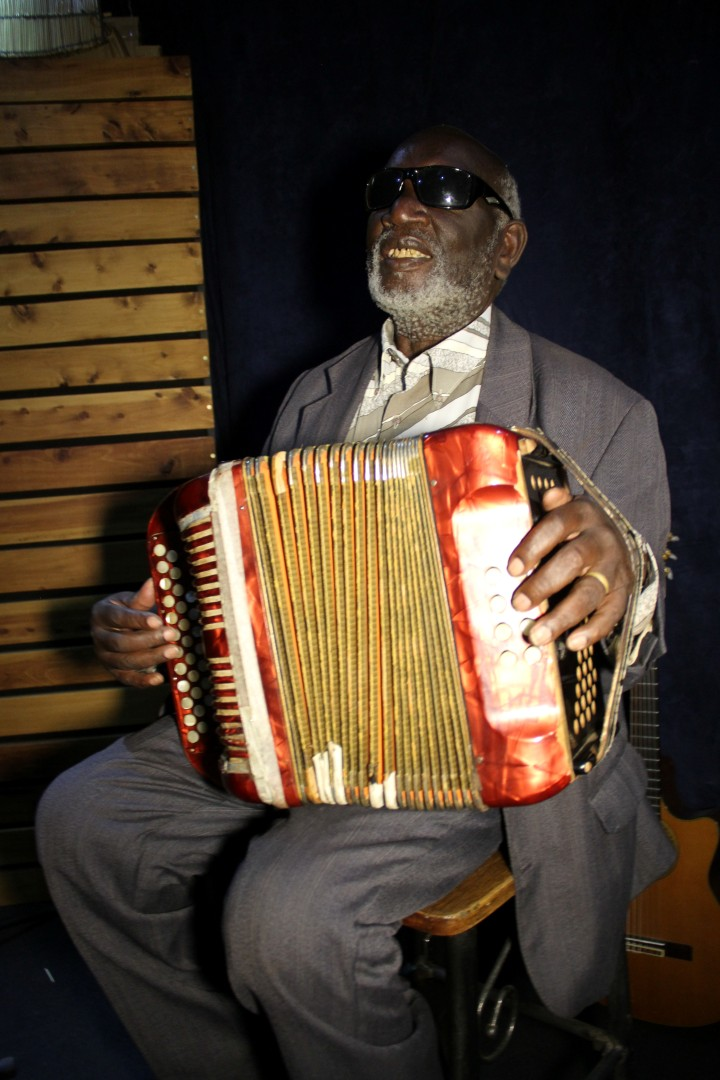 Central and Eastern Kenya: Days 5-11: Ketebul Studios